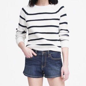 "Mid-Rise 3"" Premium Denim Shorts - Size 25"